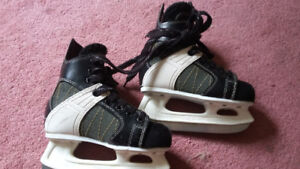Youth skates size 11