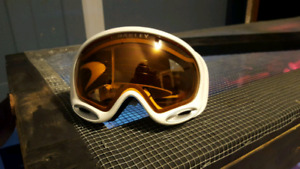 Oakley A frame snowboard goggles
