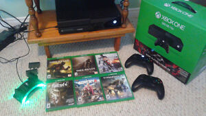 Xbox One 500GB Console + 2 Controllers & 6 Games