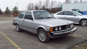 1983 BMW 320i E21