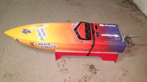 5 foot RC competition gas racing boat
