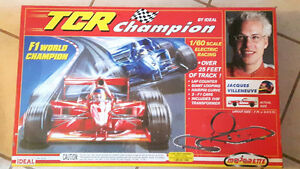 HO SCALE MODEL SLOT CAR RACE SET BRAND NEW