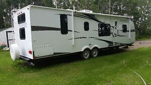 2013 Forest River Palomino 29' bumper pull