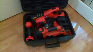BLACK&DECKER cordless 18 volt FIRESTORM 4 pc. Set with case