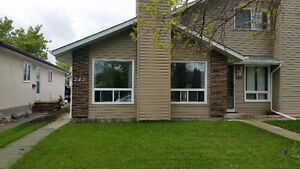 Immaculate South St Vital 3 bedroom home for July 1st!