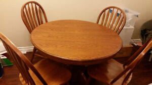 Solid Oak Table + 4 Chairs + Extension Insert(Leaf)