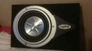 Subwoofer and sub box 10 clarion sub in ported box truck box