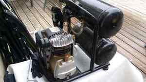 Compressor motomaster Cambridge Kitchener Area image 3