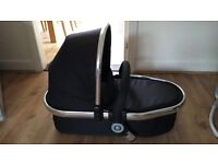 Immaculate Icandy carrycot in black with mattress, box and carry cot raincover