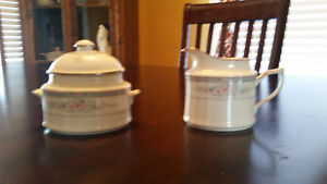 NORITAKE ROTHSCHILD CREAM AND SUGAR Belleville Belleville Area image 1
