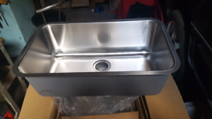 Mirabelle single bowl kitchen sink