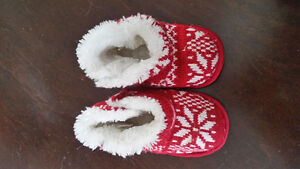 Size 5-6T slippers