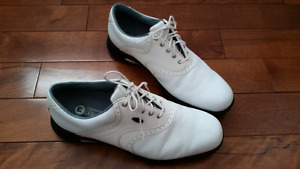 Men's size 10, Etonic golf shoes
