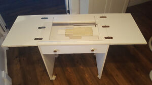 Sewing Table - Free