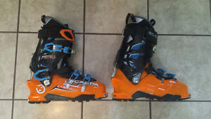 Scarpa Maestrale AT back country boots 29.5 (12 USM)