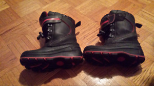 Boys winter boots size 12