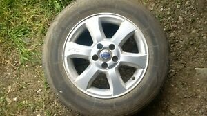 4 pneus et jantes Volvo XC70 rims and tires