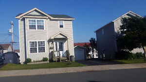 Rooms for rent in a 4 bedrooms house near Avalon Mall