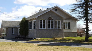 5695 4TH LINE ROAD, Lancaster Ontario