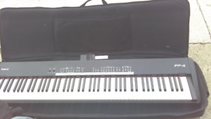 Roland FP-4 Electric Piano Keyboard