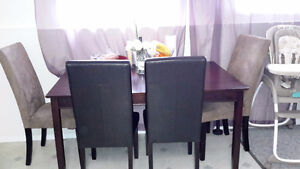 dinning table with 4 or 6 chairs