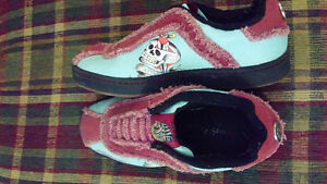 Mint condition Ed Hardy shoes size 6