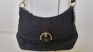 Women's Coach (Genuine!) black hand bag for sale