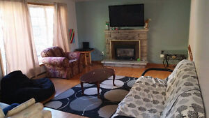 1 Bedroom in 5 bedroom clean student home, close to trent Peterborough Peterborough Area image 4