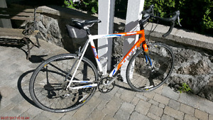 Trek 1000 alpha road bike