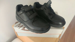 Men's Shoes with velcro