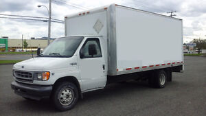 2002 Ford F-450 Rolling Door Camion Cube. Prêt a travailler