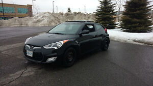 Fully loaded 2012 Hyundai Veloster Tech - Sunroof - Low Millage