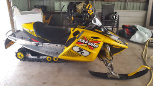 2003 SKIDOO MXZ 800 Blair Morgan Edition