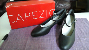 Capezio Black Leather Tap Shoes Size 10.5  Cuban Heel NEW!