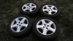 Honda civic si 2005 wheels and tires 4x100 bolt pattern