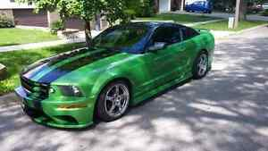 LOOKING FOR PASSENGER SEAT FOR MY 2005 FORD MUSTANG
