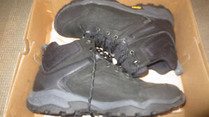 NEW! Merrell Everbound Mid Waterproof Hiker Mens Boots Size 13