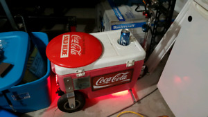 Ride on electric cooler