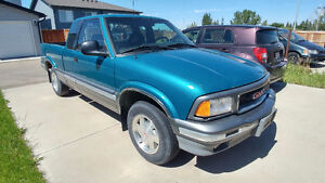 1994 GMC Sonoma SLE Pickup. LOW KM, Great Condition! Cruise/AC