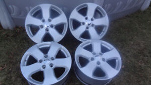 """Mags Jeep 18"""" 5X127 Wrangler et Grand Cherokee pour l'hiver"""