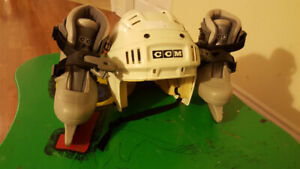 Boys Ice Skates : Size 8 - 11