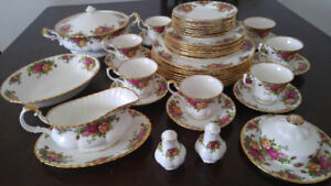 Vaisselles Royal Albert old country roses