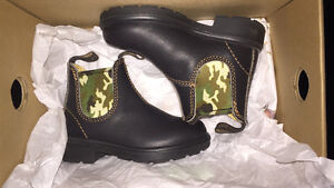 Baby Blundstones - Size 7 (Toddler)