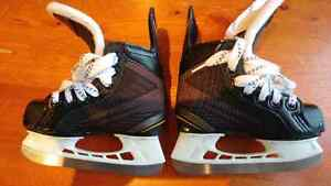 youth hockey skates London Ontario image 1