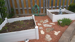 Garden, planting, accessories and dirt