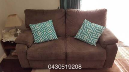 Brown Reclinable Lounge ( 3 and 2 seats) in excellent condition Lane Cove North Lane Cove Area Preview