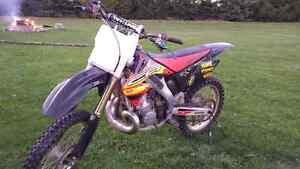 2005 Honda  CR250  2 Stroke