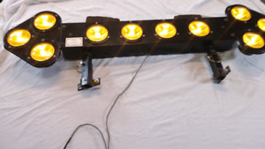 Selling a 54 inch ARROW LIGHT BAR ! Like new, works great ! 400$