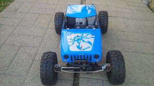 new axial wraith , modded and super clean....rc scx10