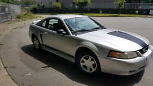 2000 Mustang Coupe 94000km